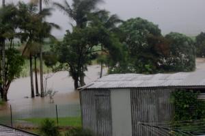 cyclone_tasha_00
