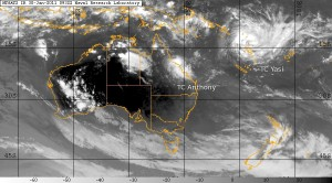 US Navy - Cyclone Anthony vs Cyclone Yasi