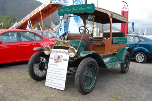 Tully Show 2011 - Tully Motors' Model T Ford